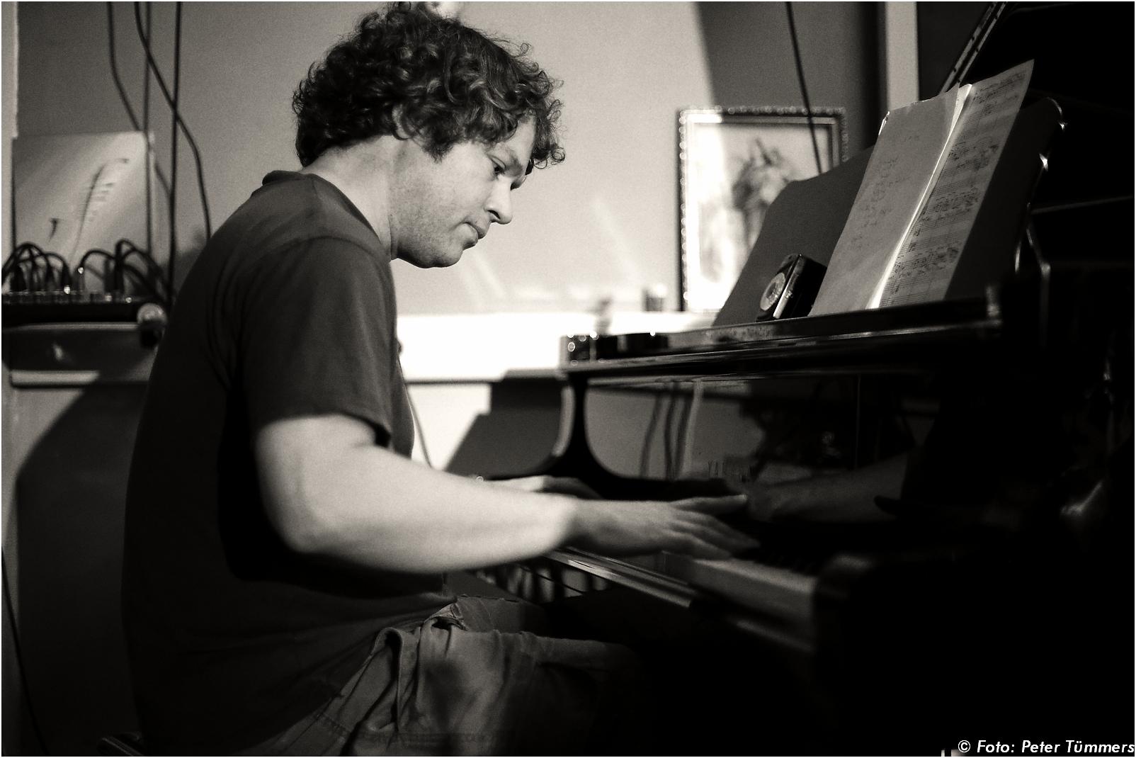 Salon de jazz clemens orth piano solo standards for Salon cologne